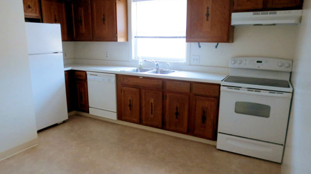 http://kearneyapartments.com/wp-content/uploads/2013/02/Kitchen-628x353.jpg